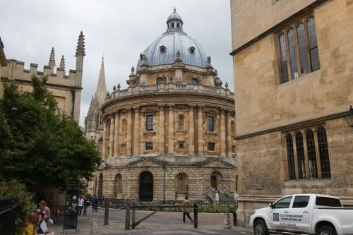 One in three Oxford colleges fail to admit single black British student