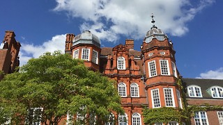 Newnham introduces all-expenses paid open day