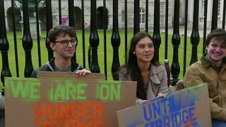 Students embark on hunger strike in bid to pressure Uni to divest