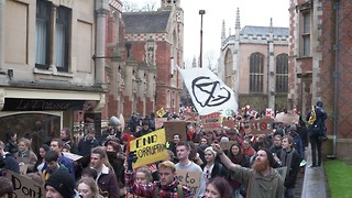 Students march through Cambridge in protest of divestment 'stitch-up'